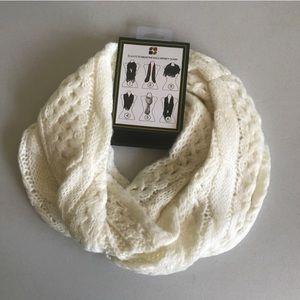 dearfoams Accessories - {Dearfoams} Cable Knit Halo Infinity Scarf